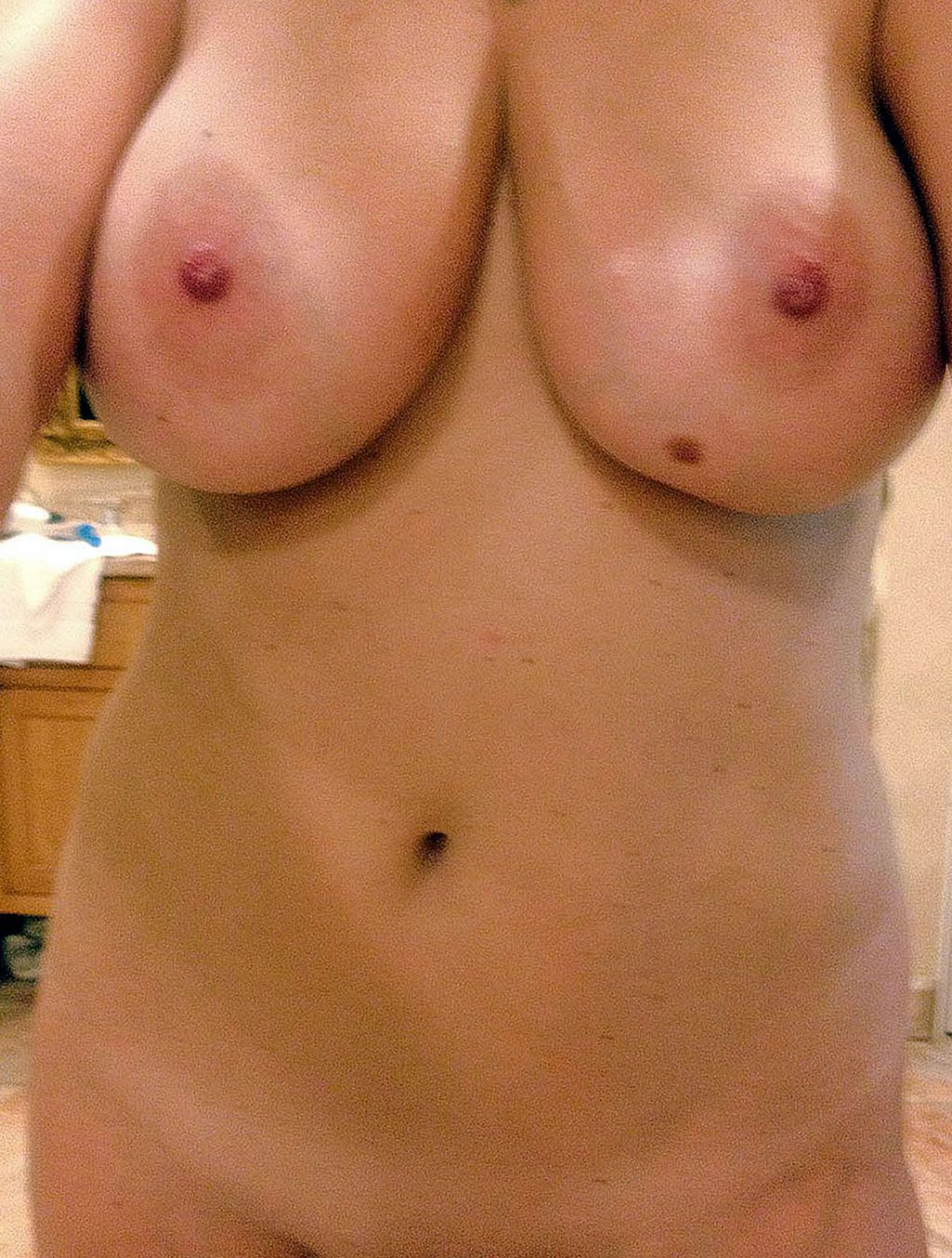 Kate Upton naked