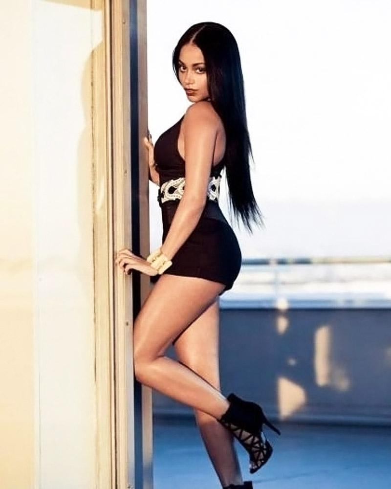 Lauren London nude legs