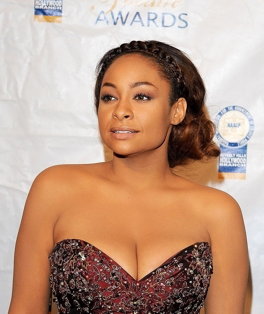 Raven Symone big cleavage