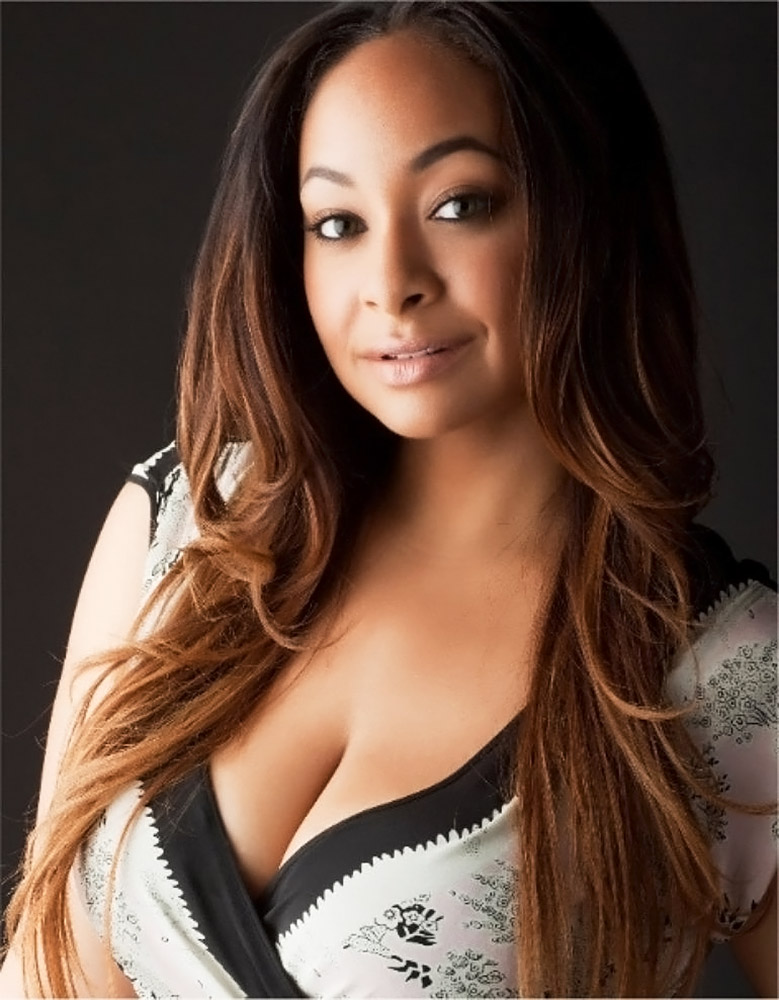 Raven Symone almost nude boobs