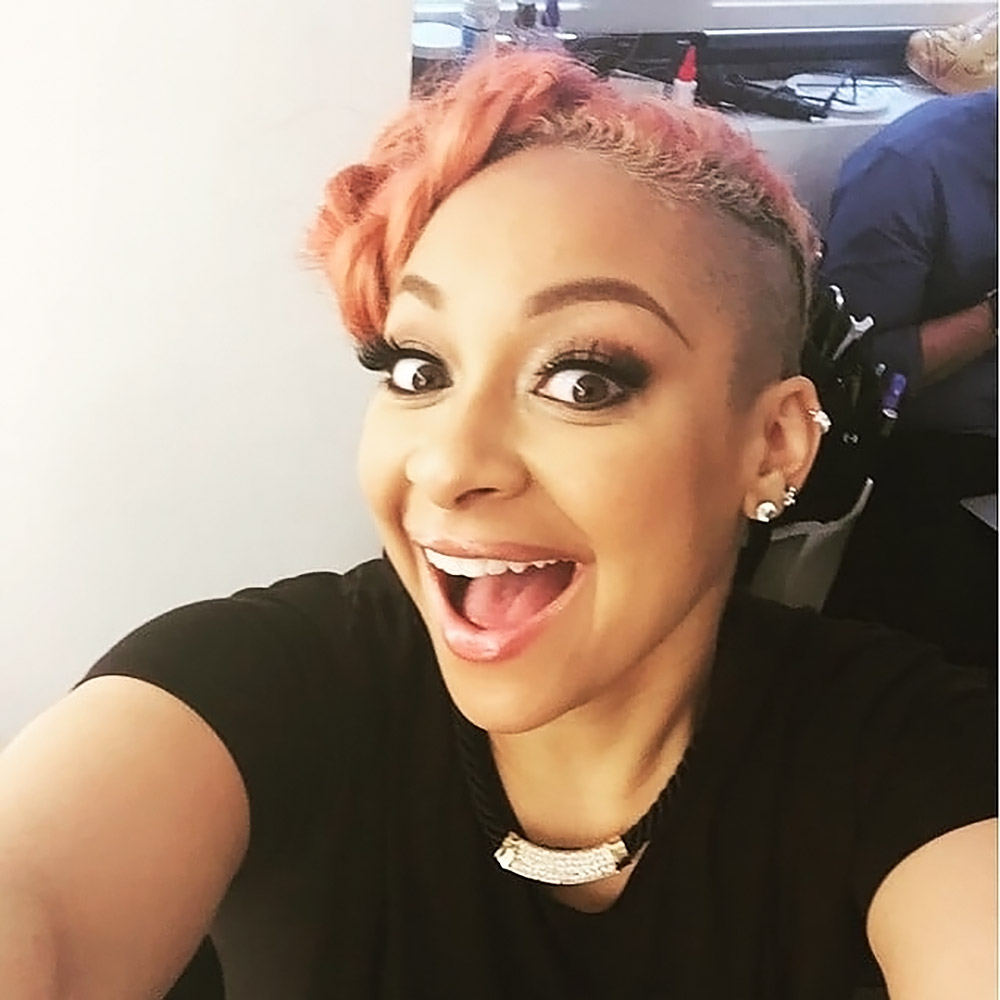 Raven Symone hot leaked selfie