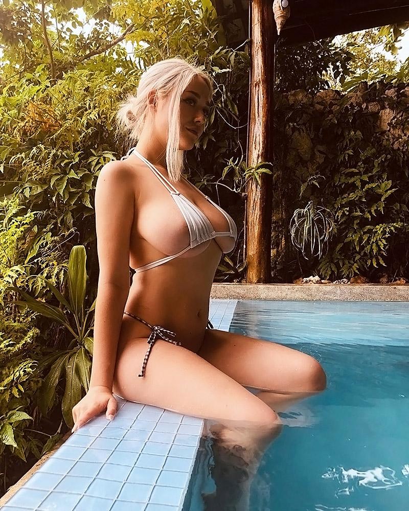 Sabrina Nichole sexy bra