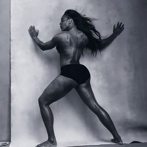 Serena Williams nude and topless