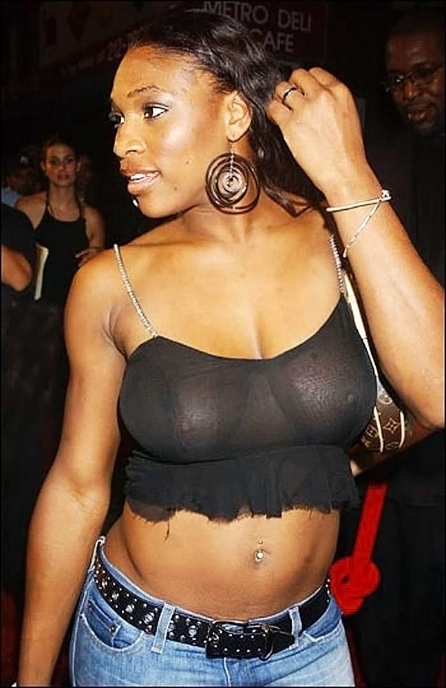 Serena Williams nude tits