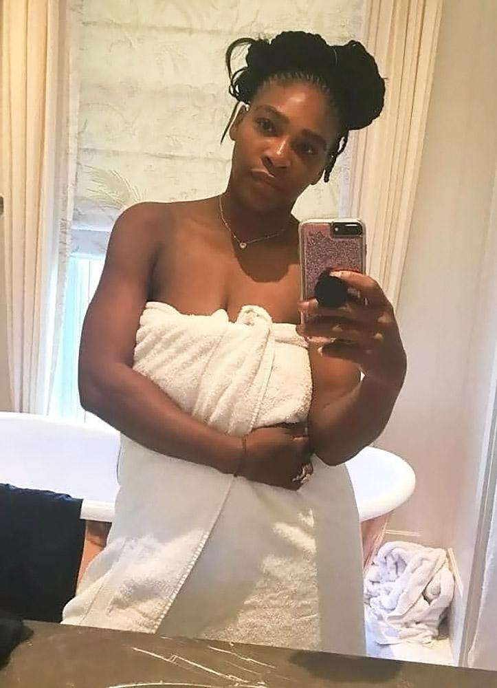 Serena Williams nude leaked selfie
