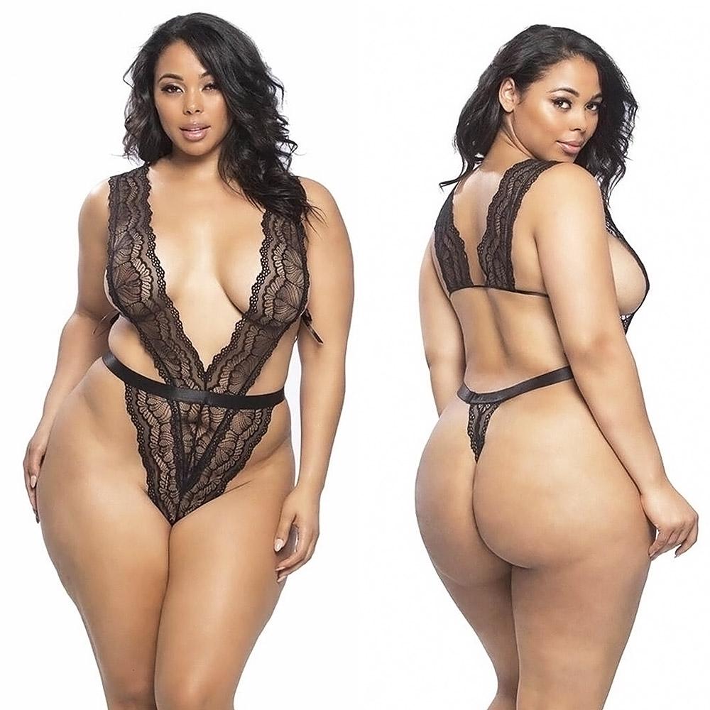 Tabria Majors hot lingerie