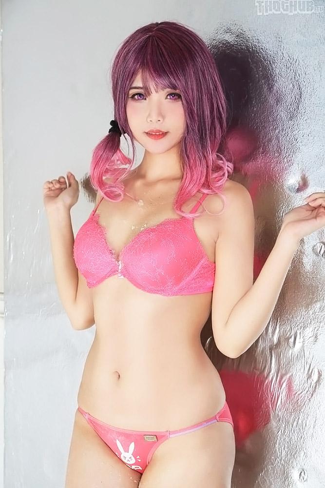 Hana Bunny nude lingerie