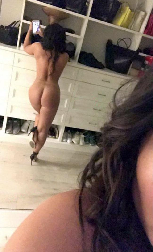 demi lovato naked on heels