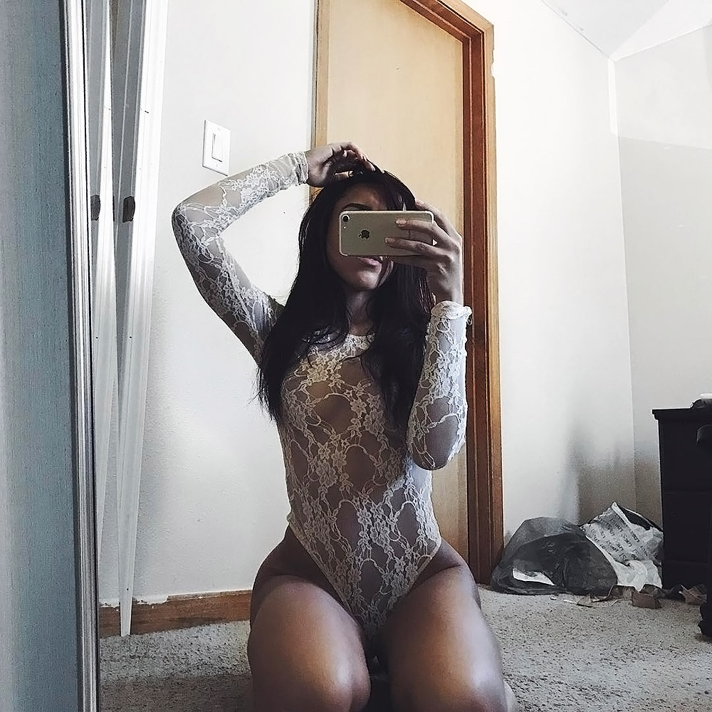 Macaiyla nude tits