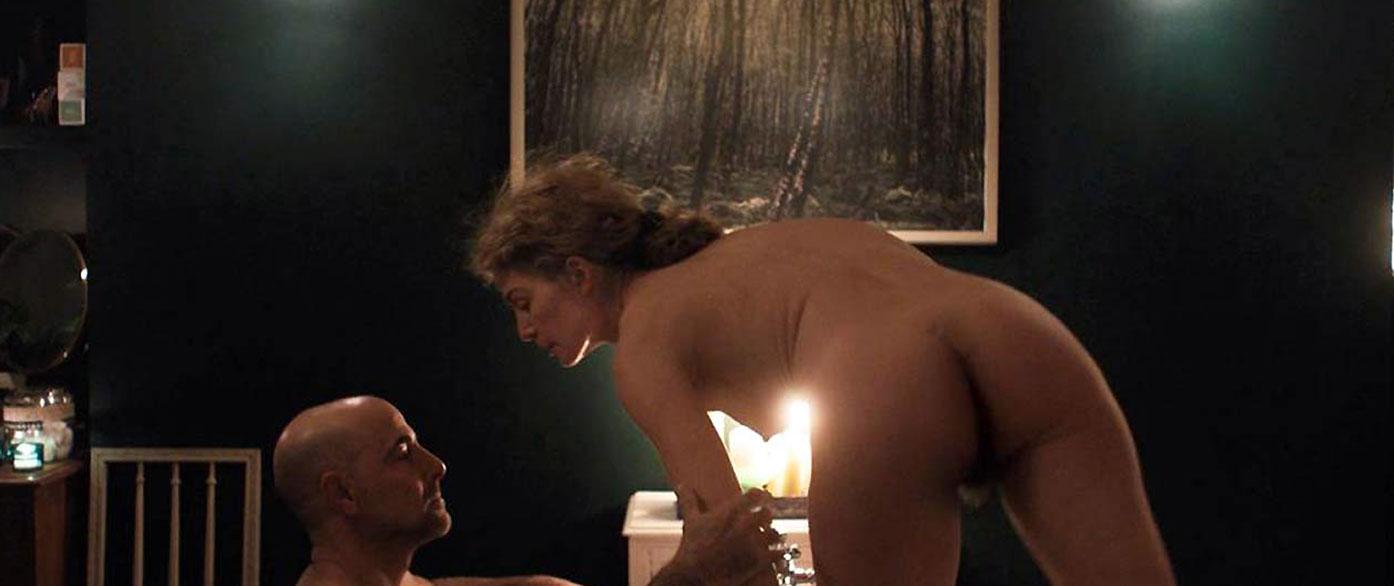 Rosamund Pike nude ass