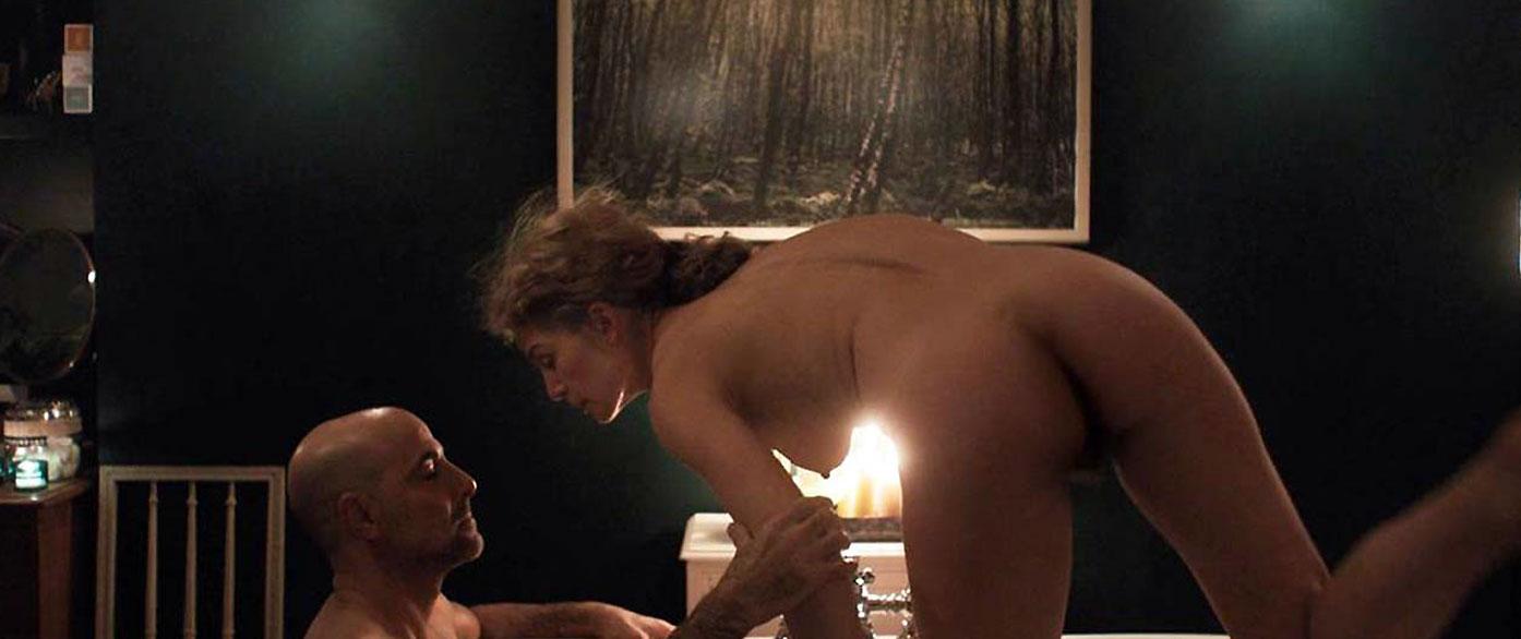 Rosamund Pike nude back