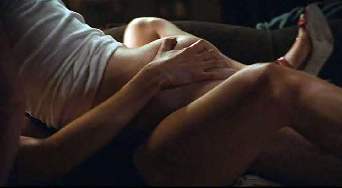 Rosamund Pike nude sex scenee