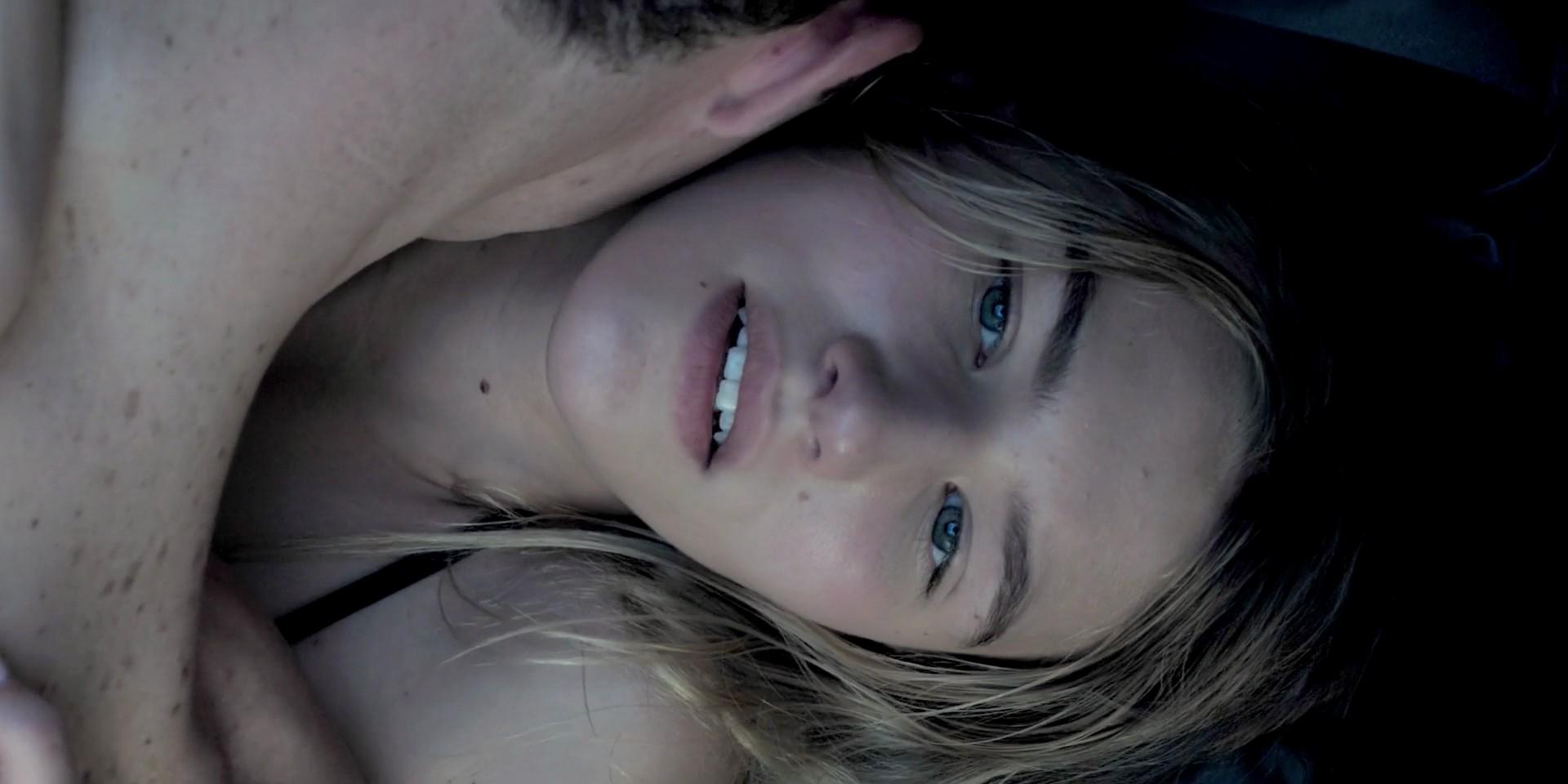 Sofia Hublitz nude in sex scene