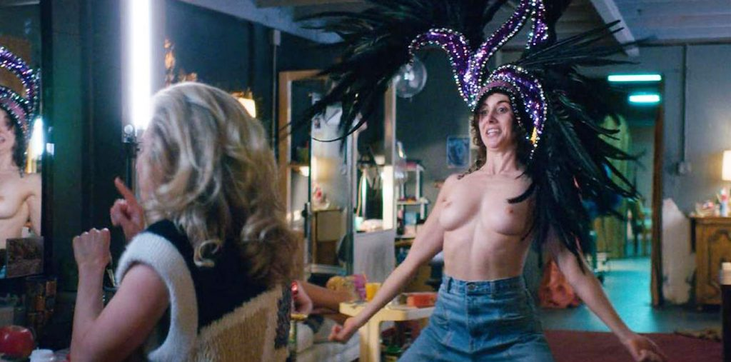 Alison Brie nude boobs shaking