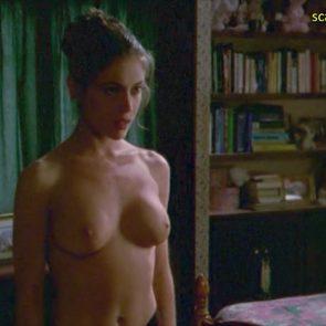 Alyssa Milano nude firm tits