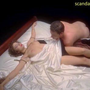 Alyssa Milano nude vampire sex scene