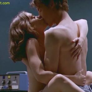 Alyssa Milano nude scene hospital