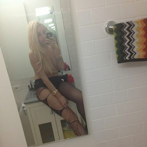 Amanda Bynes nude and sexy