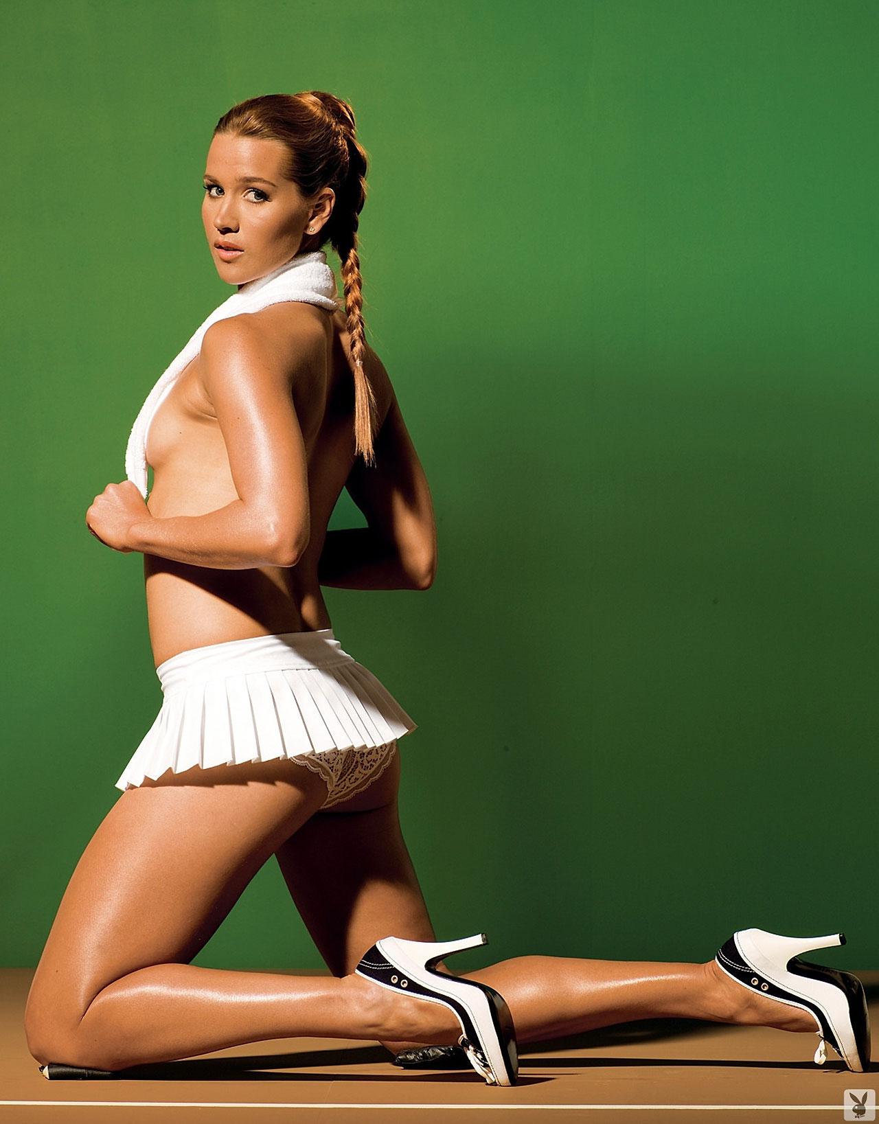 Free Tennis Ashley Harkleroad Nude
