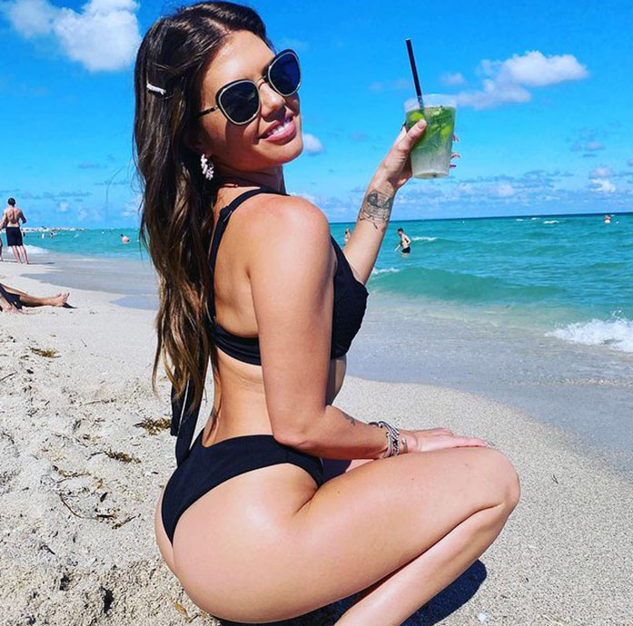 Chanel West Coast butt