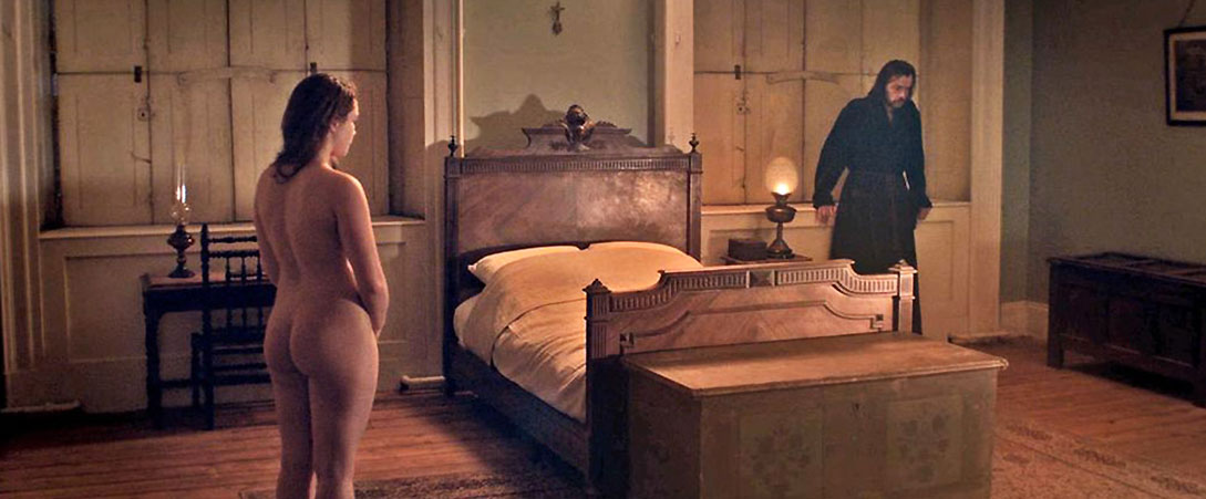 Florence Pugh nude ass and back lady m