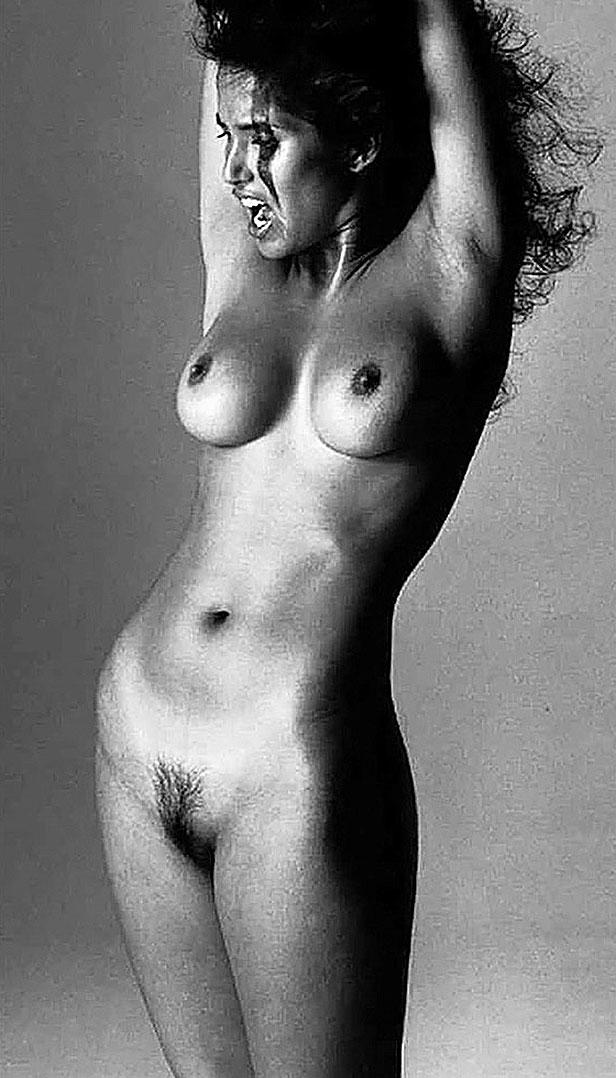 Sexy Padma Lakshmi Hot