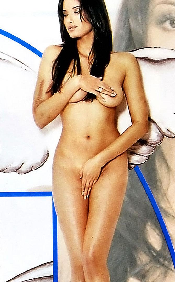 Padma Lakshmi nude body