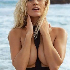 Paige Spiranac nude topless