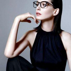 Anne Hathaway sexy