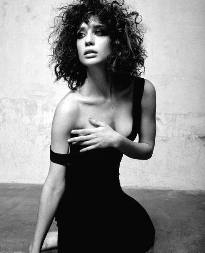 Maria Pedraza boobs