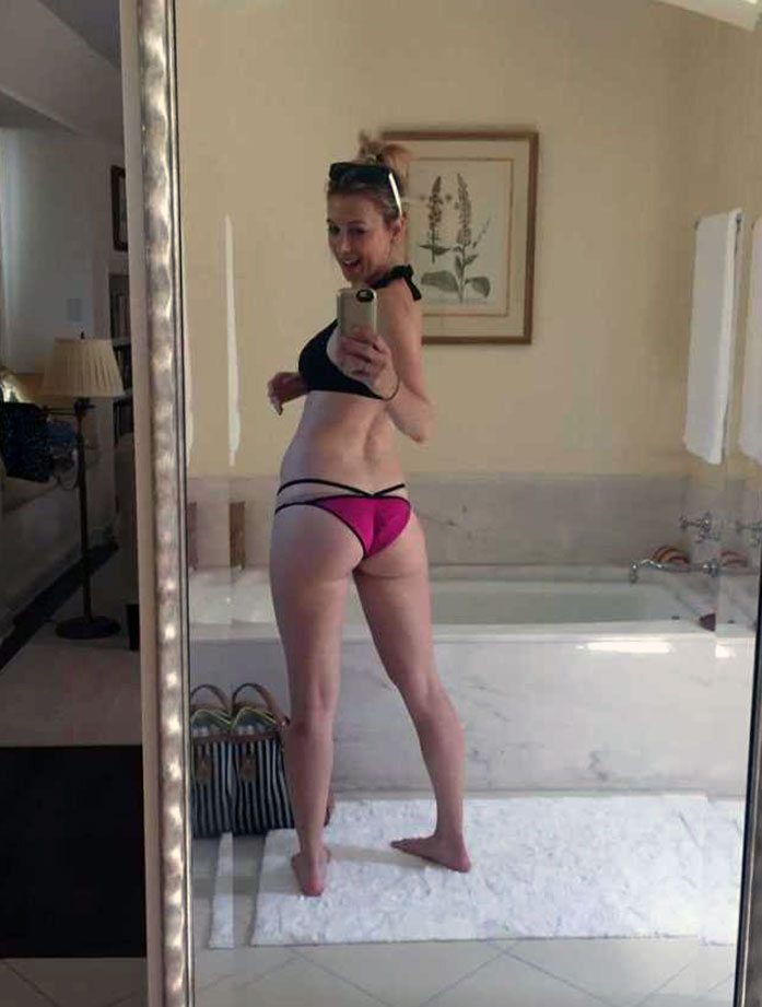 Iliza Shlesinger ass