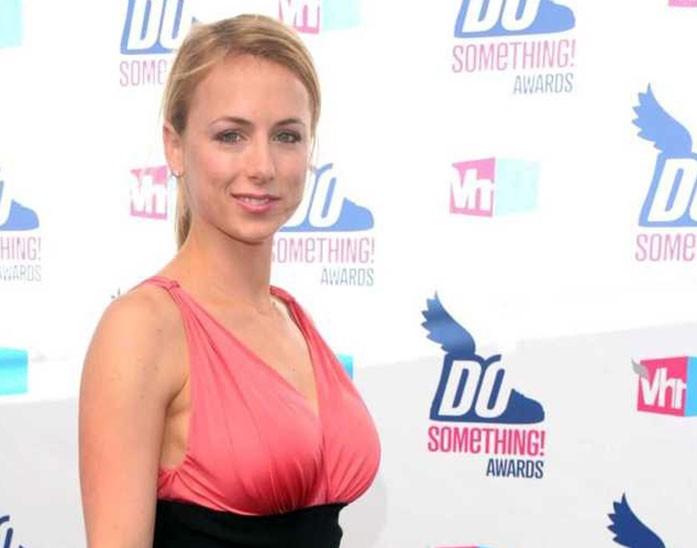Iliza Shlesinger boobs