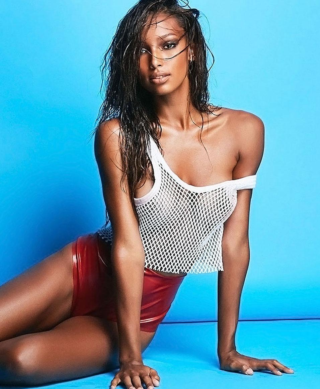Jasmine Tookes nipples