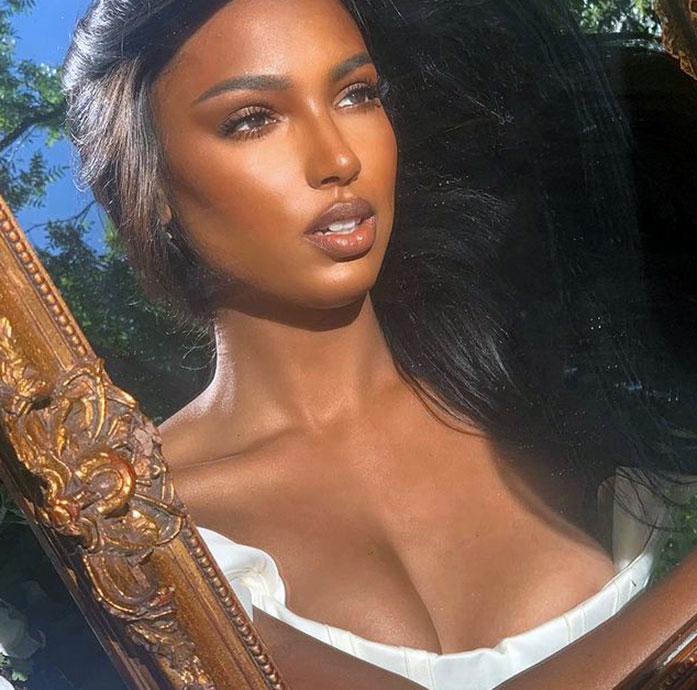 Jasmine Tookes cleavage