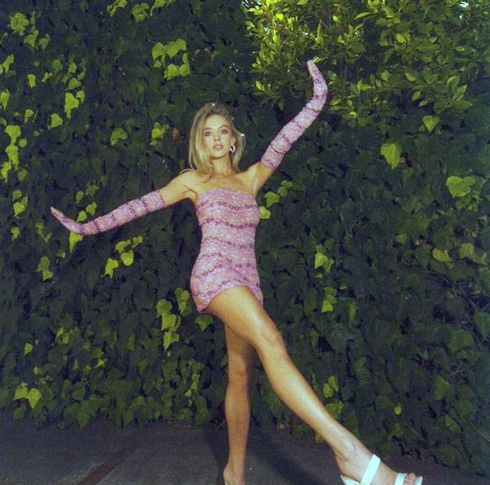 Sydney Sweeney legs