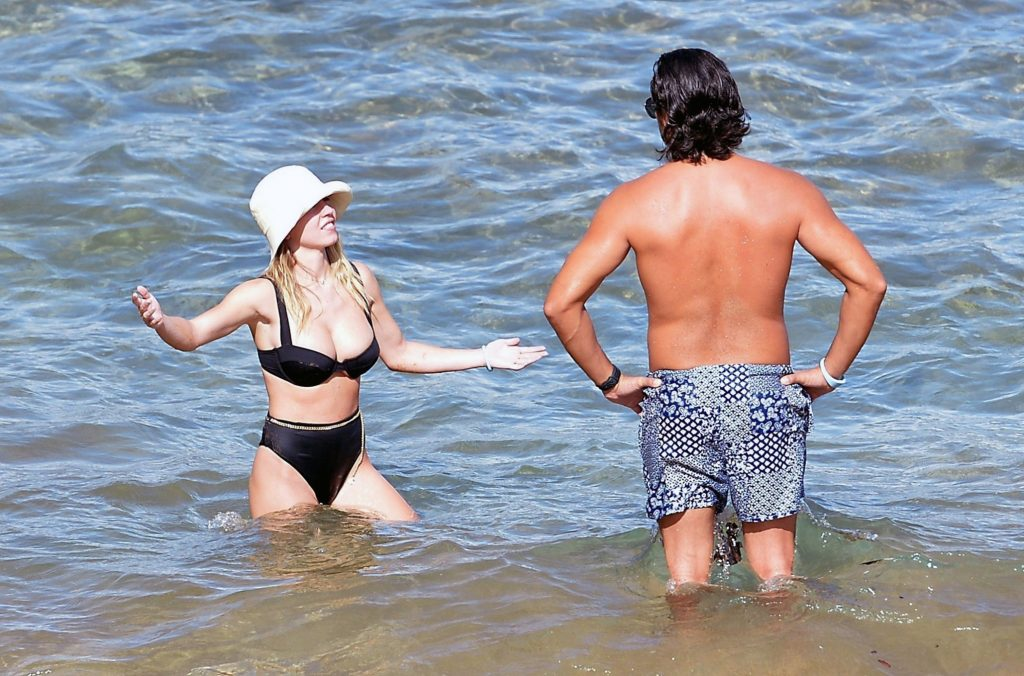 Sydney Sweeney bikini