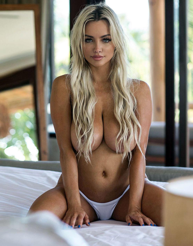 Sex lindsey pelas Lindsey Pelas