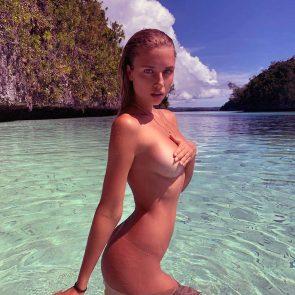 Polina Malinovskaya nude covering tits