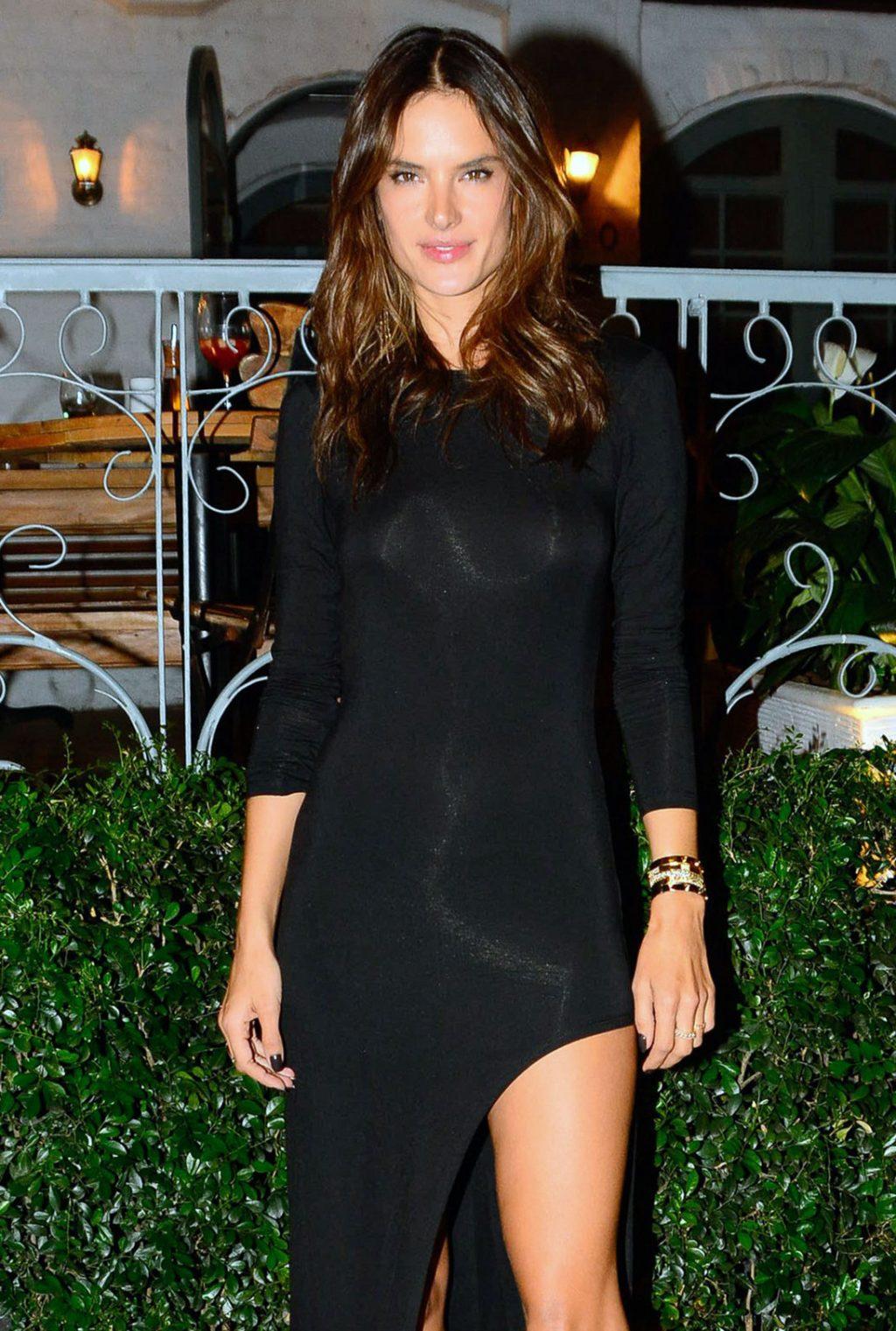 Alessandra Ambrosio hot