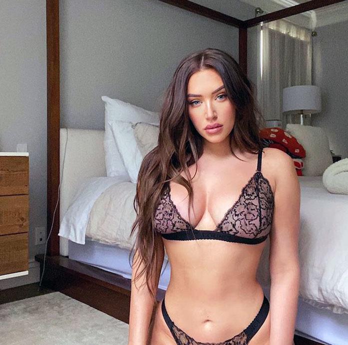 Anastasia Karanikolaou boobs