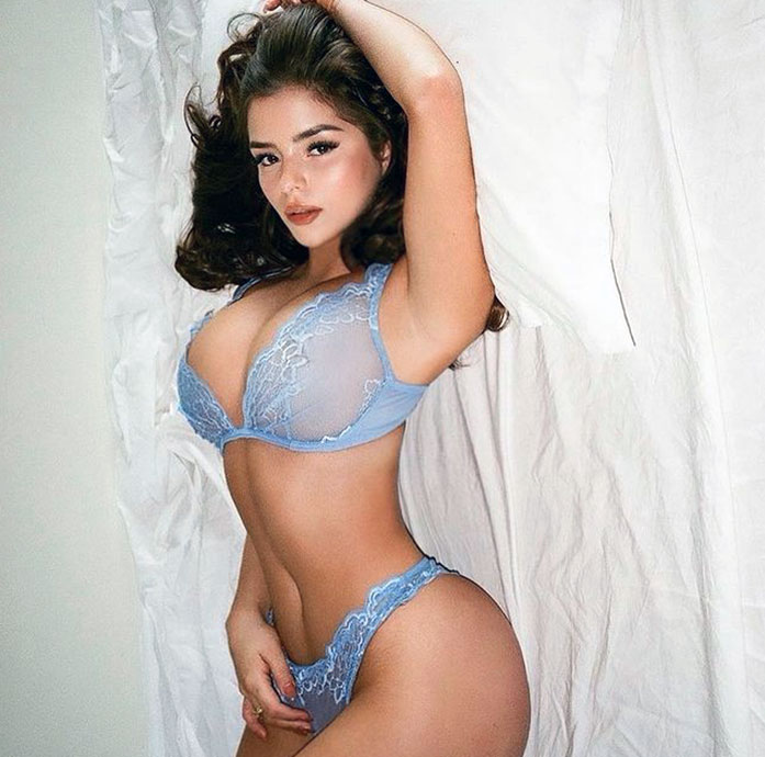 Demi Rose hot