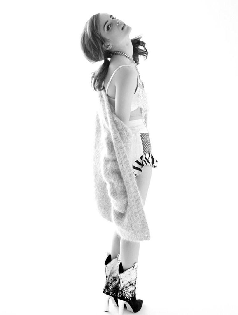 Emma Watson ass