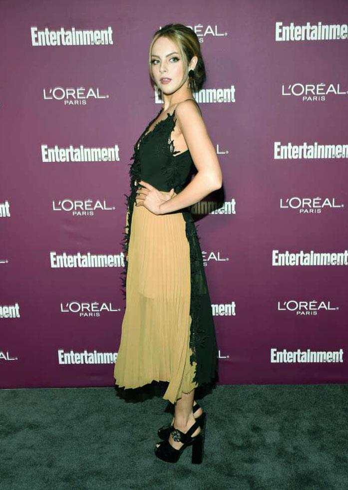Elizabeth Gillies hot