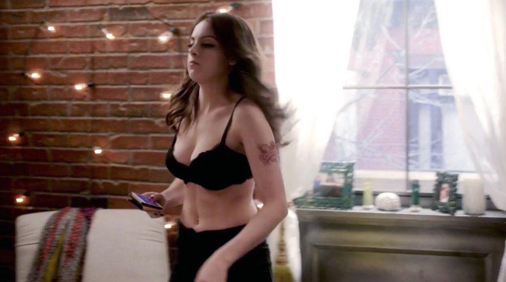 Elizabeth Gillies cleavage
