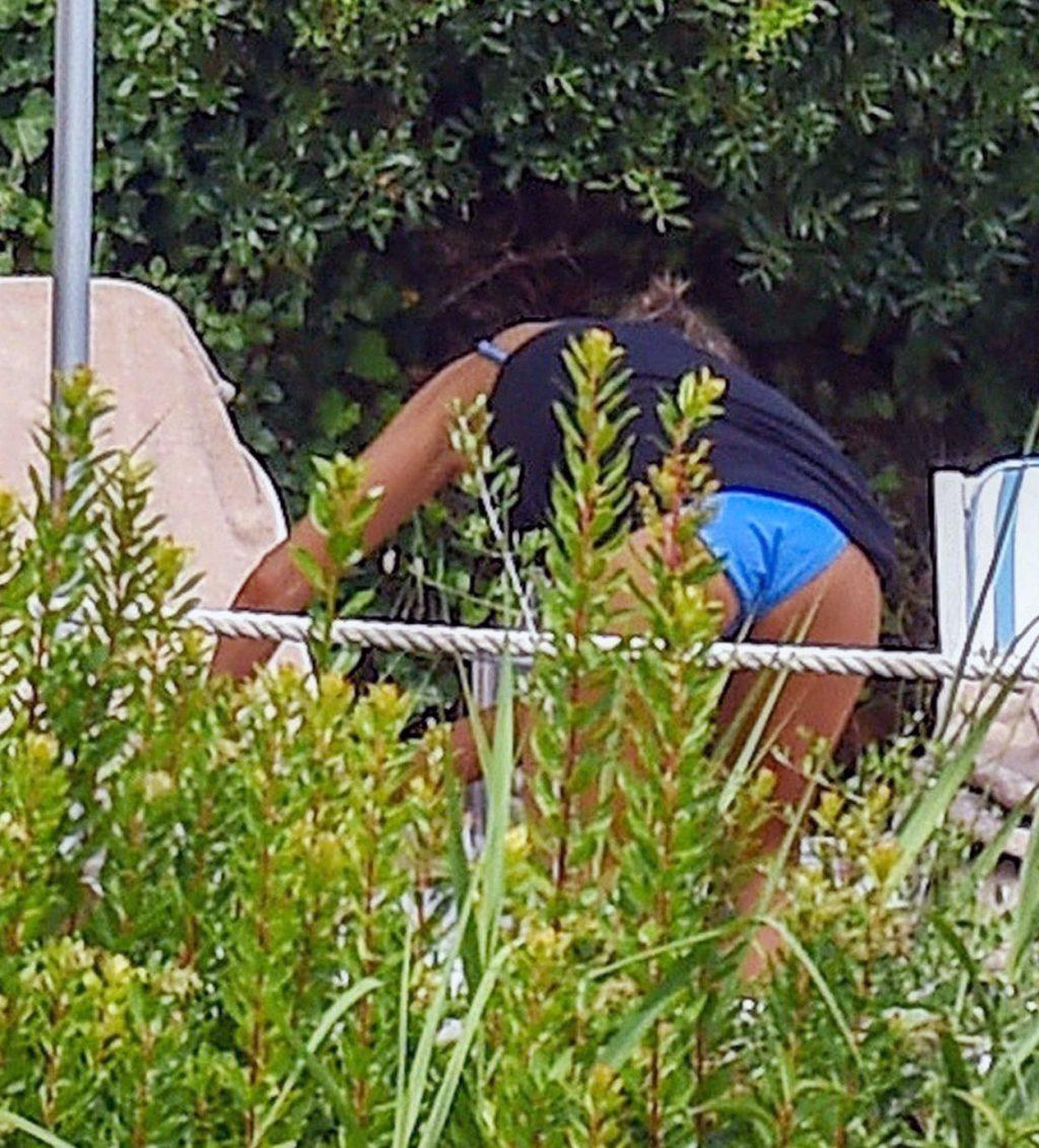 Jennifer Aniston ass