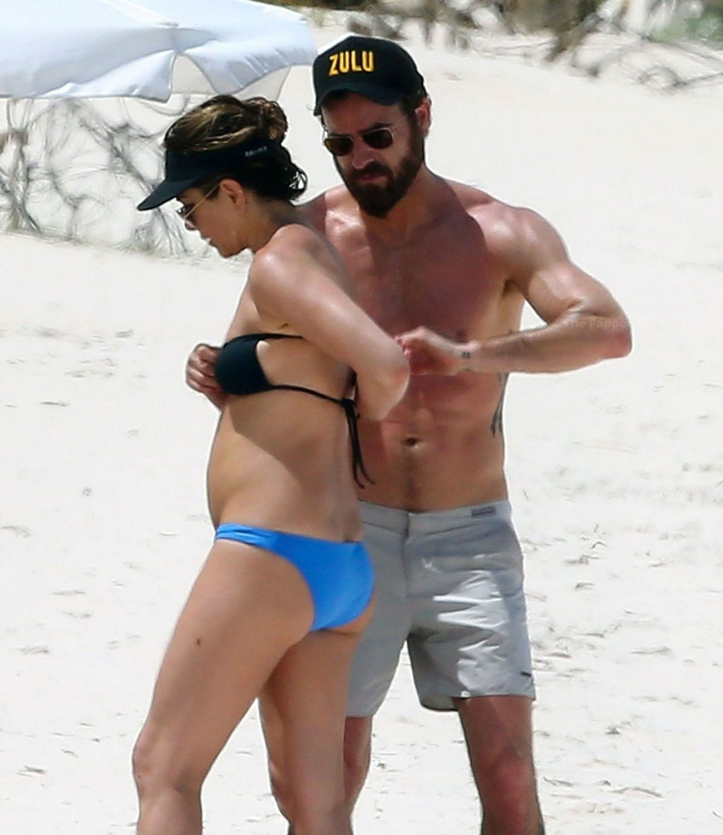 Jennifer Aniston butt