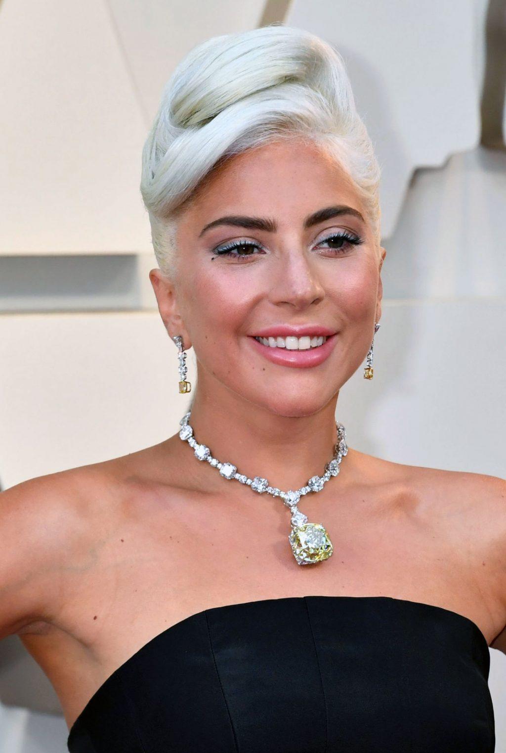 Lady Gaga cleavage
