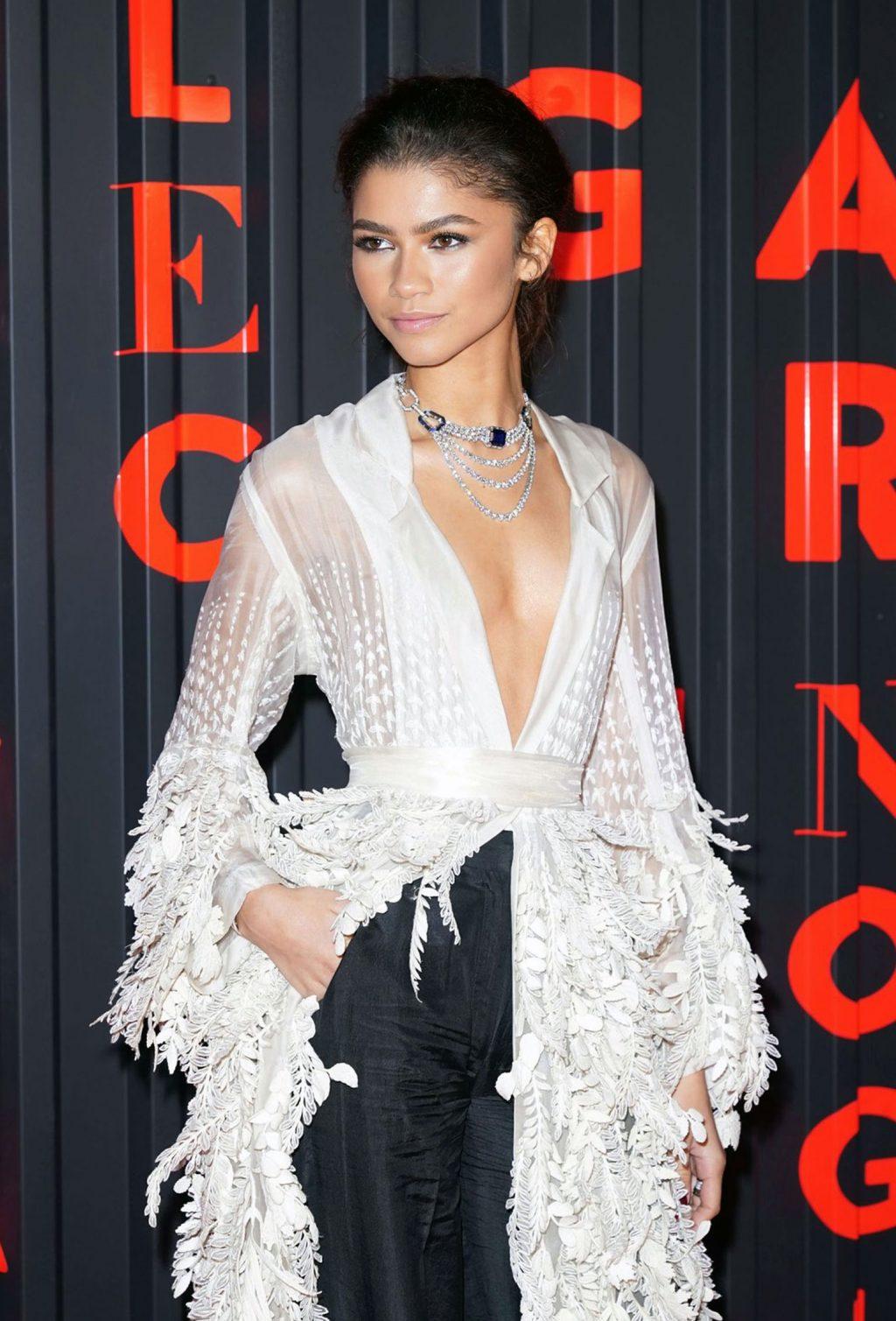 Zendaya cleavage
