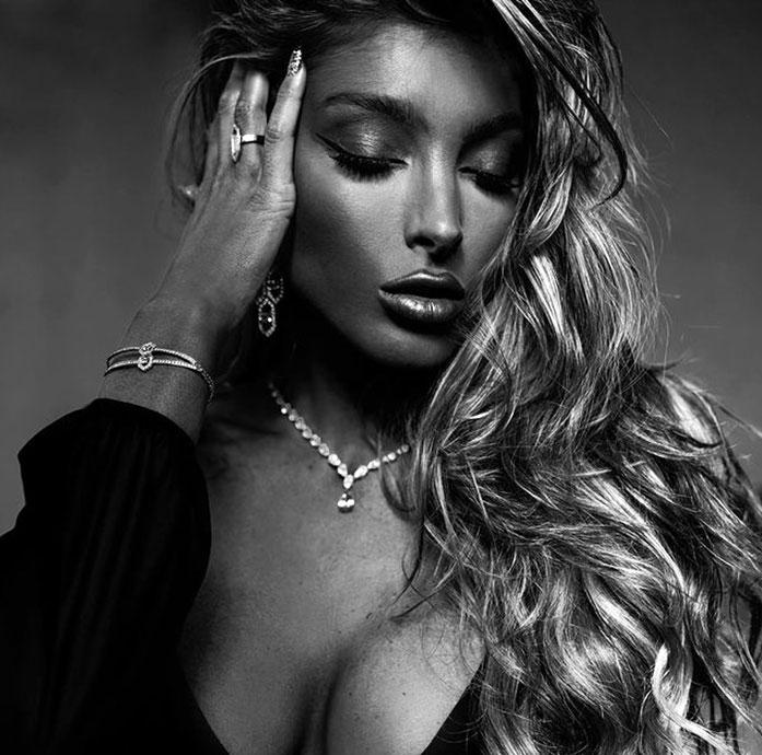 Alexia Rae Castillo cleavage