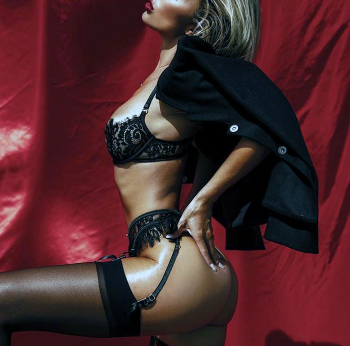 Alexia Rae Castillo tits
